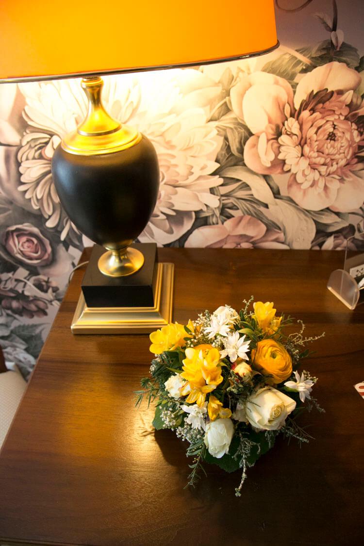 Blumen in der Lobby des Hotel Schlüssel Luzern
