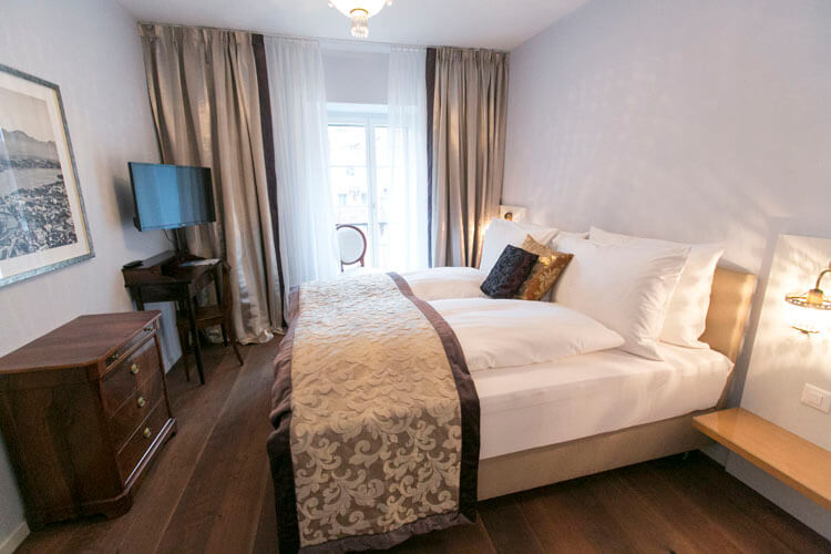 Deluxe Zimmer im Hotel Schlüssel Luzern